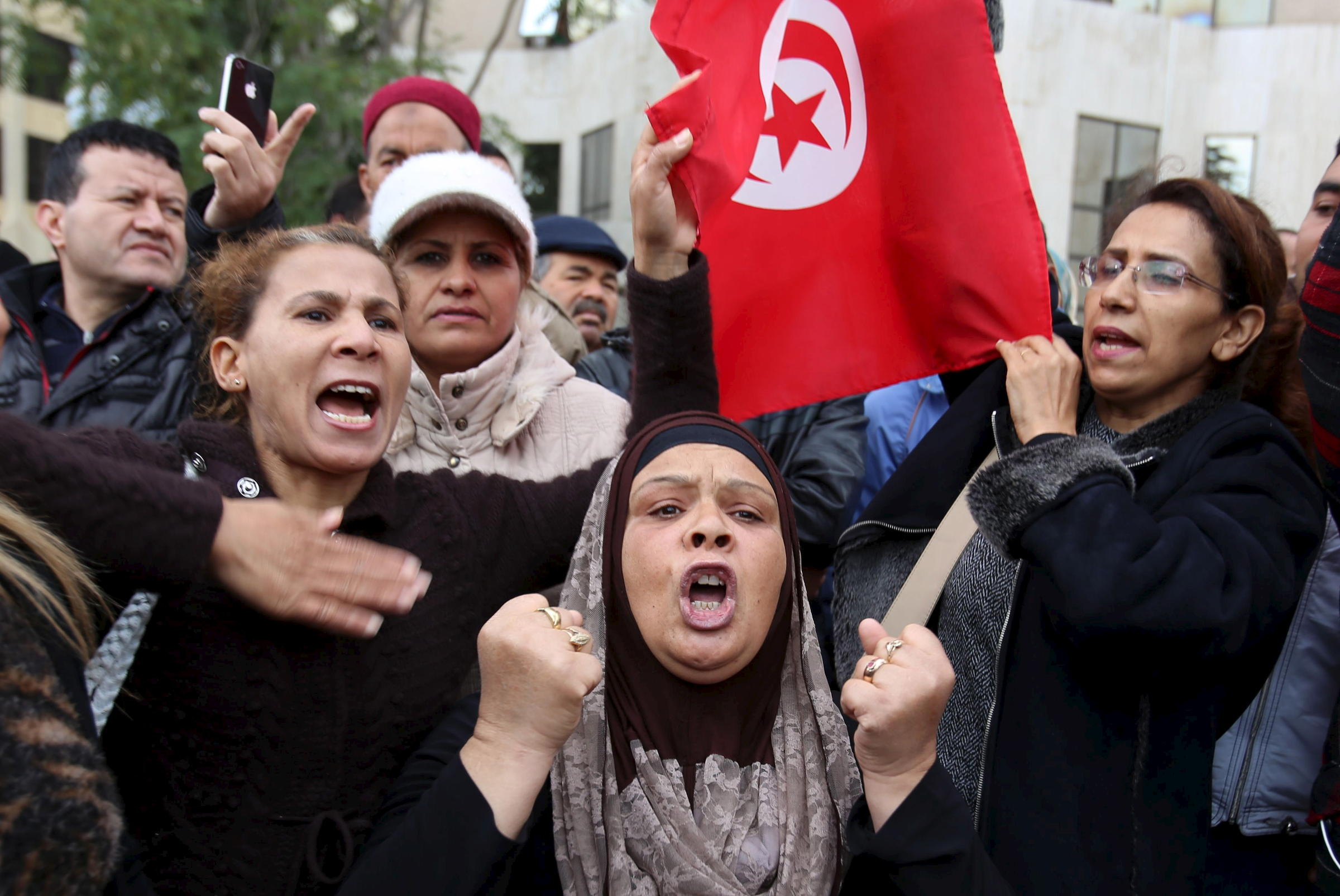 at least 773 detained in protests in tunisia 3